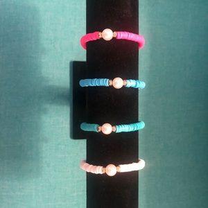 Pearl Bracelets. Set of 4